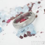 Prima a čirý diamant 2,3 mm - 53, šířka 4,5 mm, tloušťka 2 mm, dřevo 75% SV, profil B - Damasteel zásnubní prsten - K 2095 (3)