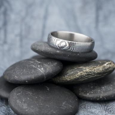 Prima - čárky - Snubní prsten damasteel, SK1617