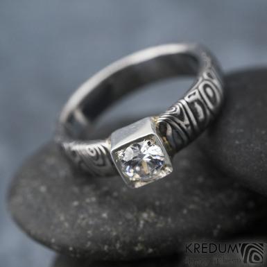 Prima Cube lady zirkon 4,5 mm - stará kolečka, velikost 52,5, šířka 4,6 mm, tloušťka 1,9 mm, lept 100% TM, profil B - Damasteel zásnubní prsten, SK1634 (9)