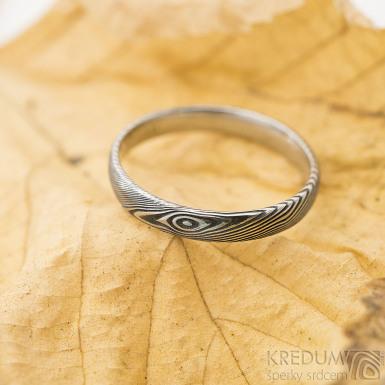 Prima - struktura dřevo - Snubní prsten damasteel, lept 75%, zatmavený, velikost 53, šířka 3 mm, tloušťka cca 1,2 mm, profil E - produkt SK2468