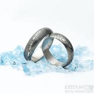 Prima dřevo - velikosti 56 a 63, šířka 6 mm, tloušťka střední, lept 100% TM, profil A - Damasteel snubní prsteny