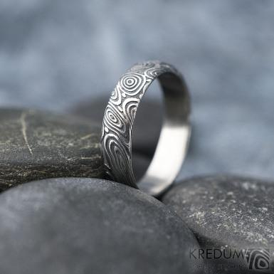 Prima vítr - velikost 58,5, šířka 5 mm, tloušťka 1,6 mm, 100%TM, profil B - Snubní prsten damasteel, SK1708 (4)