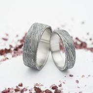 Prima, voda 75% TM - 52, šířka 5 mm a 60, šířka 7 mm, profil C - Damasteel snubní prsteny