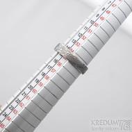 Prima voda - Kovaný snubní prsten z oceli damasteel, SK1620