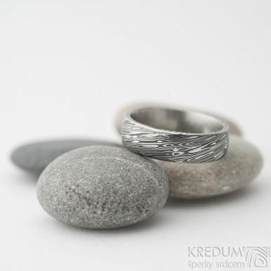 Prima voda - vel. 52, šířka 5,6 mm, tloušťka 1,7 mm, lept 75% zatmavený, profil E - Snubní prsteny z oceli damasteel - sk2219 (2)