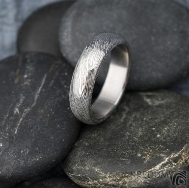 Prima voda - Kovaný snubní prsten z oceli damasteel, SK1619