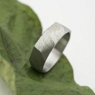 Random hrubý mat - velikost 56, šířka 6 mm, tloušťka střední - Broušený snubní prsten, nerezová ocel