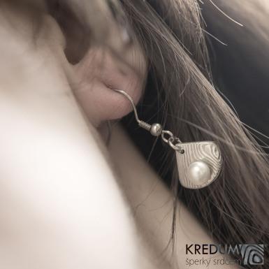 Raníčky - dřevo + háček - Kované damasteel naušnice a perly - SK1482 (4)