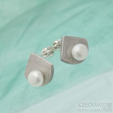 Raníčky - dřevo - Kované damasteel naušnice a perly - SK2478
