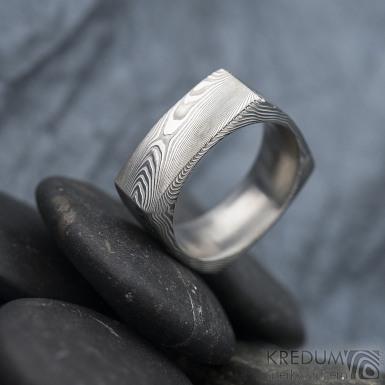Round square - dřevo - Kovaný prsten damasteel, SK1622