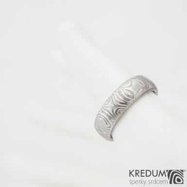 Prima kolečka - Kovaný snubní prsten z oceli damasteel, SK977