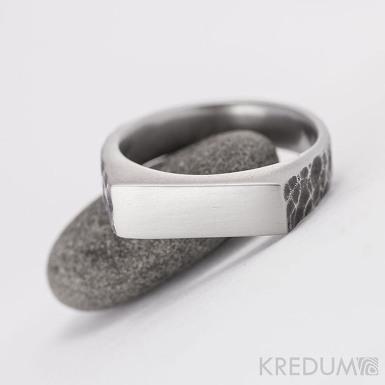 SEAL - Kovaný nerezový prsten