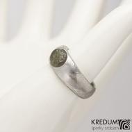 Siona a vltavín - Kovaný snubní / zásnubní prsten, produkt S2090