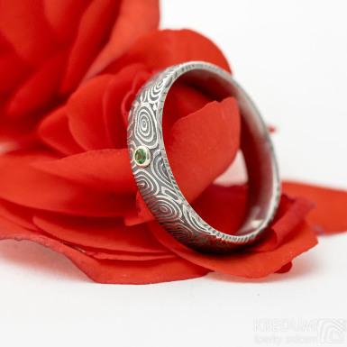 Prima a broušený tsavorit 1,7 mm ve stříbře - kolečka - Snubní prsten ocel damasteel, SK3043
