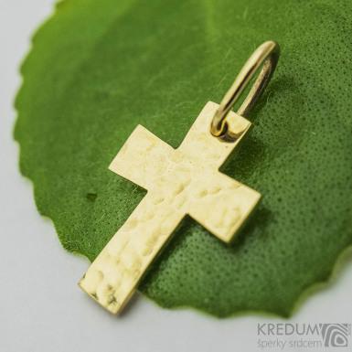 Tepaný křížek - žluté zlato sk3771