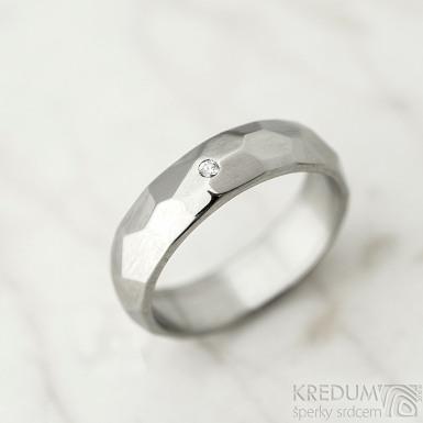 Skalák a čirý diamant 1,5 mm - velikost 51, šířka 5 mm, lesklý - Nerezové snubní prsteny - k 1443 (2)