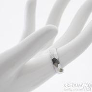Skalák lesklý - velikost 54, šířka 5 mm, tlouťka 1,5 mm - Kovaný nerezový snubní prsten, SK2459 (2)