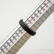 Skalák matný DLC - velikost 59 CF, šířka 4,6 mm, tloušťka 1,7 mm - Nerezové snubní prsteny - SK1166