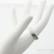 Skalák matný - velikost 56 s vnitřním zaoblením, šířka 5 mm, tloušťka 1,6 mm - Kovaný nerezový snubní prsten, produkt SK2122