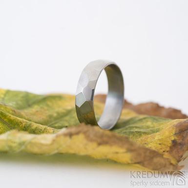 Skalák titan lesklý - snubní titanový prsten, velikost 57, šířka 6 mm, tloušťka střední, vnitřek zaoblený (CF) - produkt SK2149