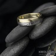 Columba yellow - Zlatý prsten a damasteel, velikost 55