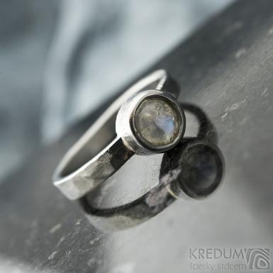 Spring a kabošon měsíčního kamene - velikost 57, šířka 3,5 mm, lesklý - Kovaný prsten z nerezové oceli, SK2101 (7)