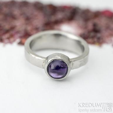 Summer s ametystem - velikost 53, šířka 3,5 - 6,5 mm, tlouš´tka střední, lesklý - Kovaný prsten - sk2129 (4)